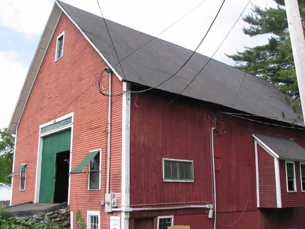 BARN-OUTSIDE-SIDE